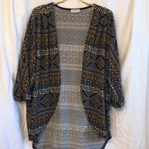 Women's printed cardigan.